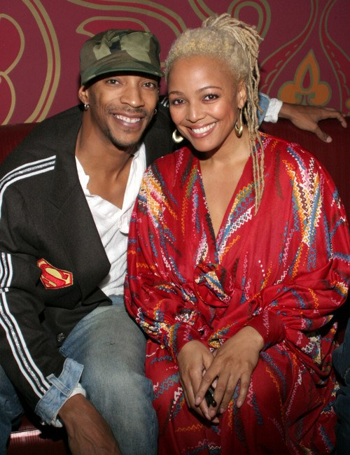 Kim Fields Calls Kenya Moore Irrelevant Liar Defends Marriage To Christopher