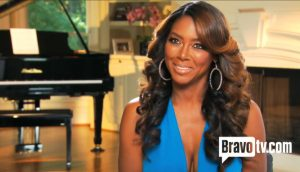 "Marlo Hampton ""Bores"" Kenya Moore; Kenya Calls For New Cast Members On Real Housewives Of Atlanta"