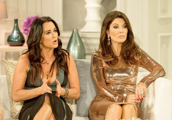 """Kyle Richards Slams Lisa Vanderpump For Replying To """"Any Lie"""" About Her To """"Draw Attention;"""" Kyle Tells LVP To """"Move On"""""""