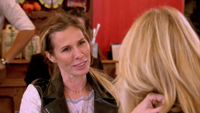 Carole gives Ramona advice