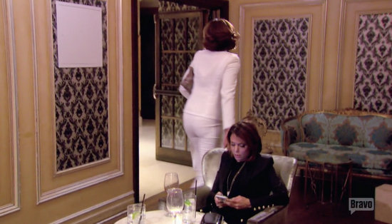 Luann bails leaving Bethenny with the check