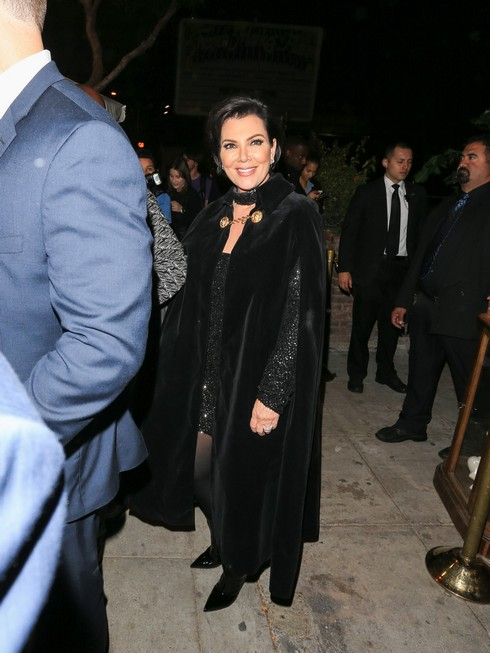 LOS ANGELES, CA - NOVEMBER 02: Kris Jenner is seen on November 02, 2016 in Los Angeles, California. (Photo by wowcelebritytv/Bauer-Griffin/GC Images)