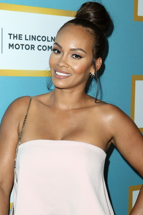 BEVERLY HILLS, CA - FEBRUARY 25: Evelyn Lozada attends the Essence 9th Annual Black Women In Hollywood at the Beverly Wilshire Four Seasons Hotel on February 25, 2016 in Beverly Hills, California. (Photo by Leon Bennett/FilmMagic)