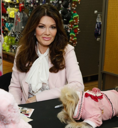 NEW YORK, NY - DECEMBER 08: Lisa Vanderpump and her dog Giggy attend Vanderpump Pets Launch at Petco Union Square on December 8, 2016 in New York City. (Photo by John Lamparski/Getty Images)