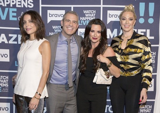 Watch What Happens Live in L.A. with Eric Stonestreet and Bethenny Frankel