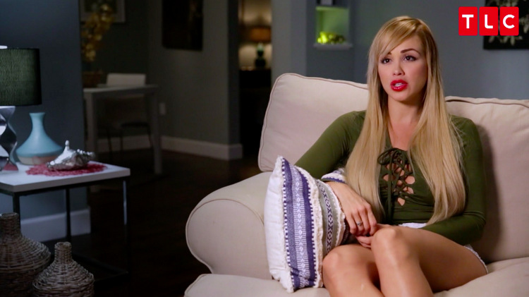 Paola-Green-Dress-Long-Hair-Couch-TH-90-Day-Fiance
