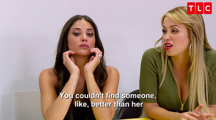 Loren-Paola-Head-In-Hands-Quote-Backstage-Reunion-90-Day-Fiance