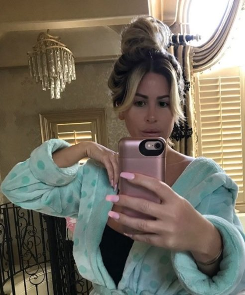 Kim Zolciak Shows Off Freshly Colored Root
