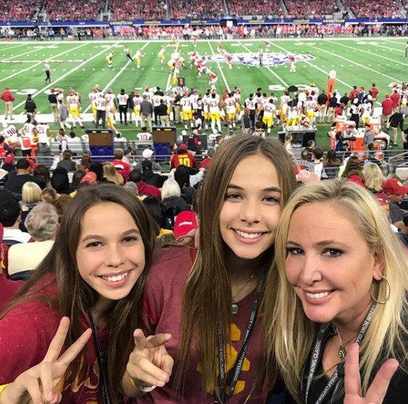 Shannon Beador At The Cotton Bowl With Her Daughters- Photos!