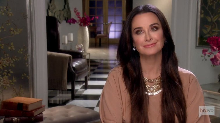 "Kyle Richards Doesn't Want Beverly Hills Housewives On ""American Woman,"" But She Would Hire Harry Hamlin"