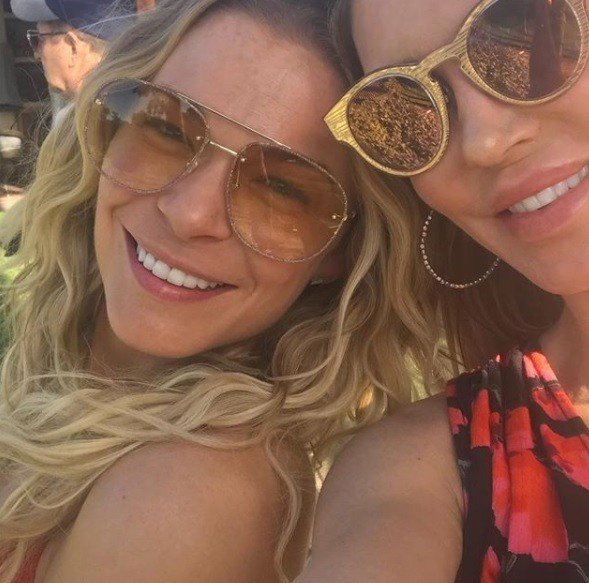 Brandi Glanville Posts Selfie With LeAnn Rimes; Says They've Made Peace