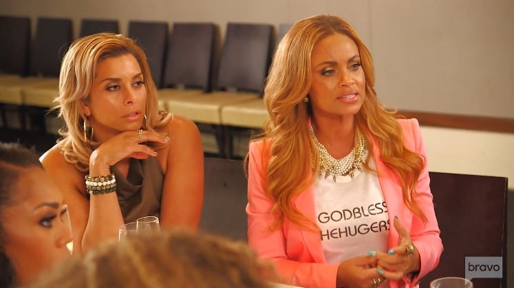 """Gizelle Bryant Defends The """"God Bless The Hugers"""" Shirt She Wore To Karen Huger's Press Conference"""