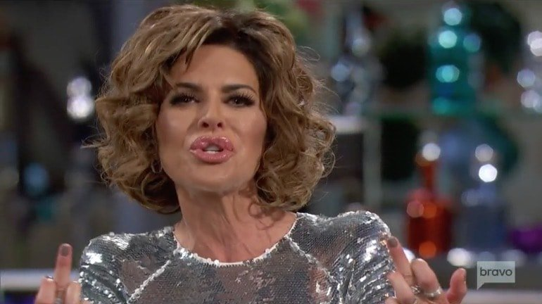 Lisa Rinna - RHOBH reunion part 1