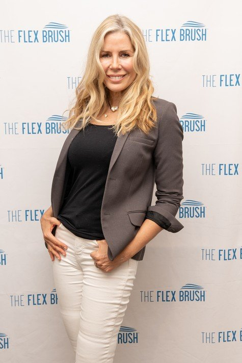 """Aviva Drescher Says Carole Radziwill Is """"Extremely Contrived"""" & Is Only On Real Housewives Of New York Because """"She's Best Friends With Andy Cohen"""""""