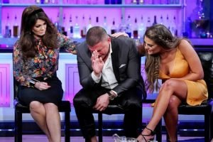 "Lisa Vanderpump Hints Jax Taylor And Brittany Cartwright Got Fired And Didn't ""Leave"" Vanderpump Rules; Says She Still Hasn't Heard Back From Stassi Schroeder"