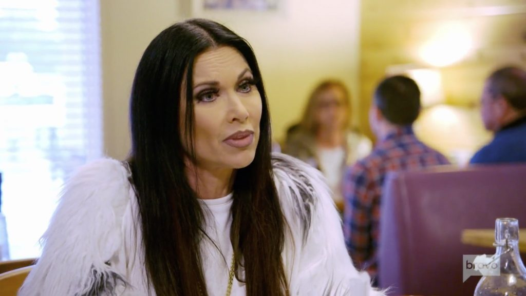 LeeAnne Locken apologizes to Cary Deuber