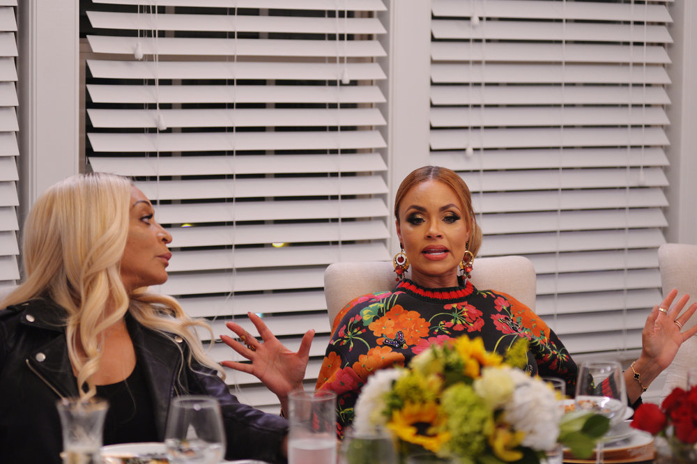 """Karen Huger Says Gizelle Bryant Is """"A Big Liar"""" Who """"Has To Own Her Mess"""""""