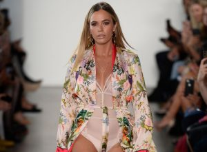 Teddi Mellencamp Arroyave Cried After People Insulted Her Runway Walk At NYFW