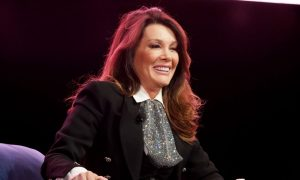 Lisa Vanderpump Wins Reality Star Of The Year Award